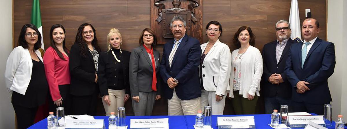 Miembros del Comité para la Evaluación o Acreditación del programa educativo de la licenciatura en Periodismo Digital